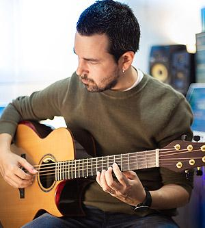 Spanish Guitarist Jorge Sotres joins the list of Terry Pack guitar users